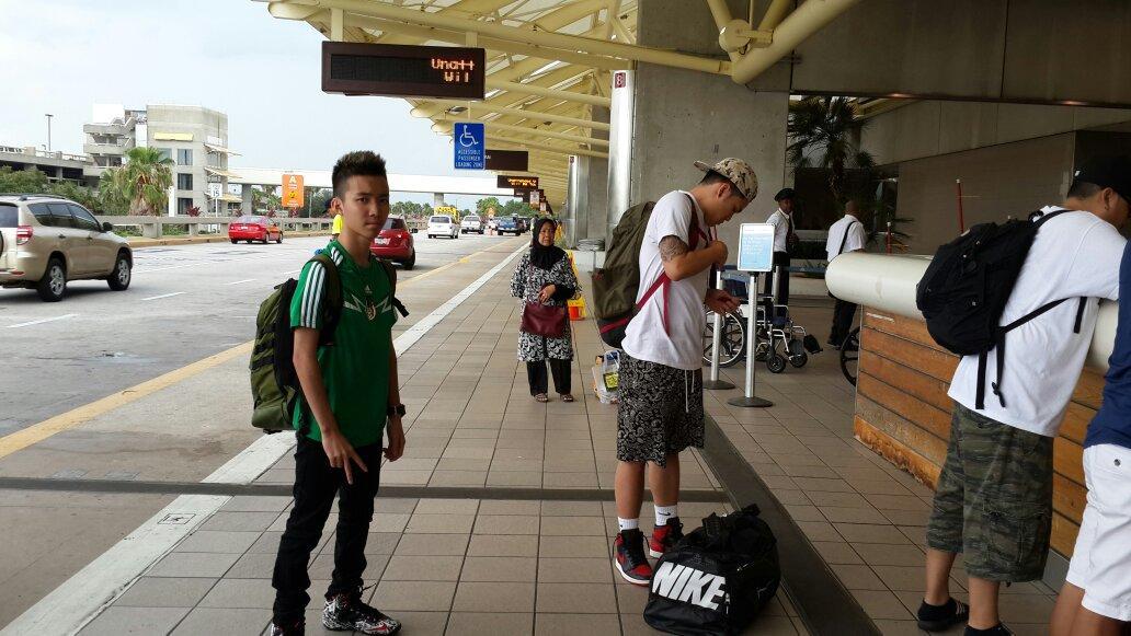 @Gavin_MJ di airport Miami. ...mau ke San Francisco http://t.co/DrG1U0Vi6G