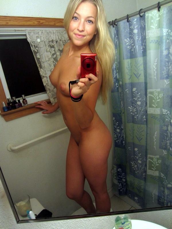 голые блондинки частное фото