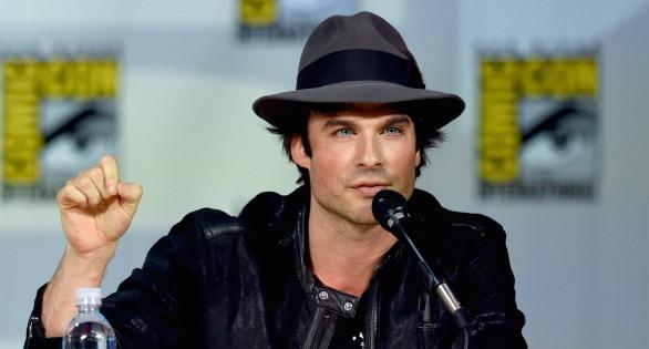 *Swoon* Ian Somerhalder puckered up for one lucky fan at Comic Con. WATCH: http://t.co/HufHwbEJBA #SDCC http://t.co/YqPUjH9sCb
