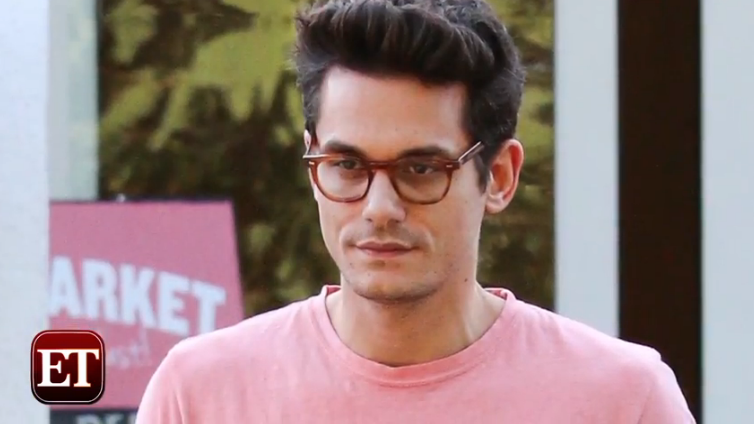 Everyone's talking about John Mayer's big slim-down. LOOK: http://t.co/I0BKh23sLt http://t.co/KJX1MUpeVO