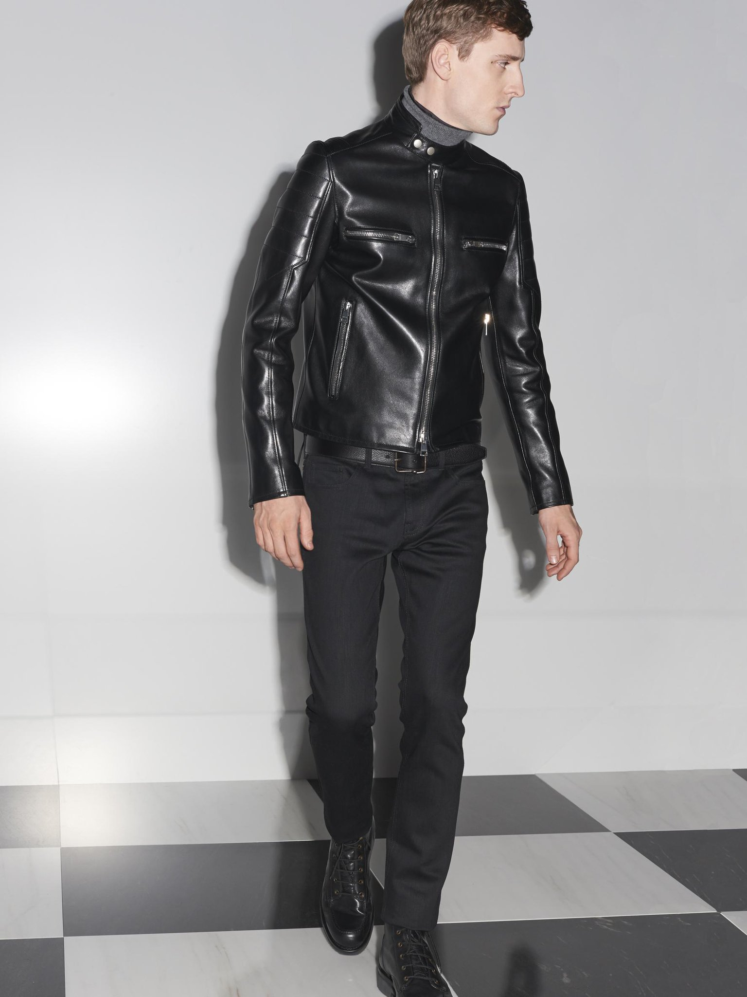 Easy rider. http://t.co/HqMNRT1mY0 #gucciguys #gucciprefall14 http://t.co/zqoyDwhKX4