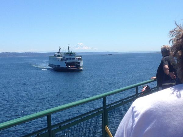 The @wsferries ferry boat Sealth has been diverted to assist ferry Tacoma that has lost power. http://t.co/PNf6fXUWfy