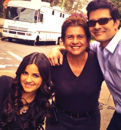 Aqui esta la foto prometida! @MaiteOficial #Rebeca y su servidor #DrJavierPeñuelA http://t.co/QuFowXgbxv