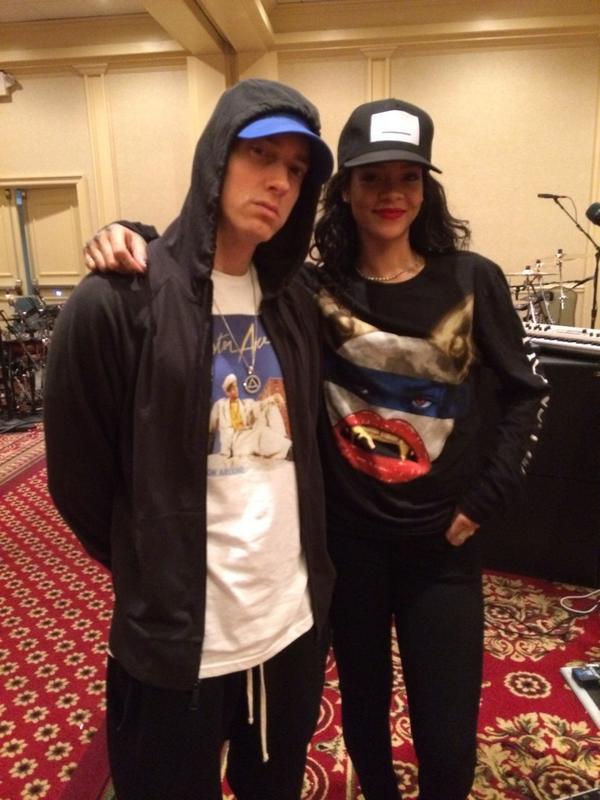 ¿Cuánto mide Eminem? - Altura - Real height BtwKTqlCUAEkWzO