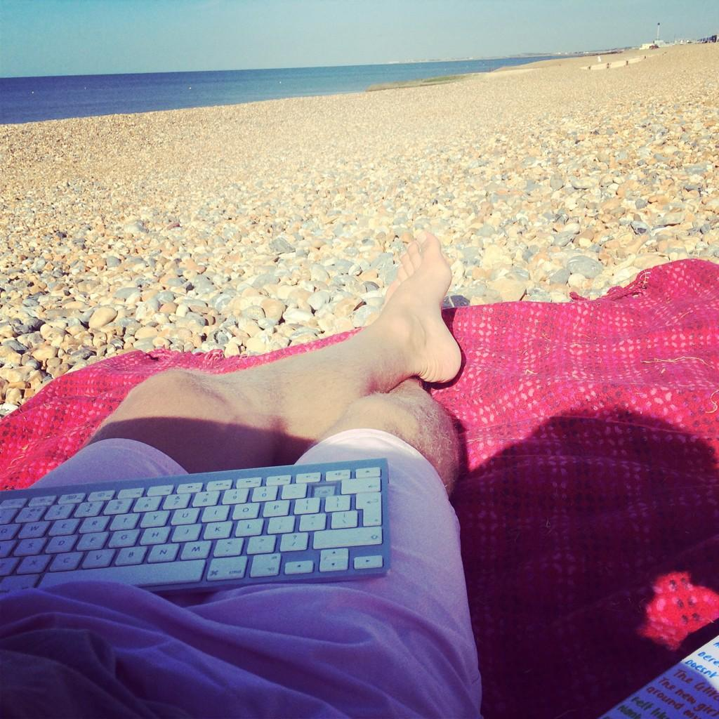 This is my place of work for this morning #Brighton getting more coursework done so I can qualify early September.. http://t.co/PAlGL1n8mb