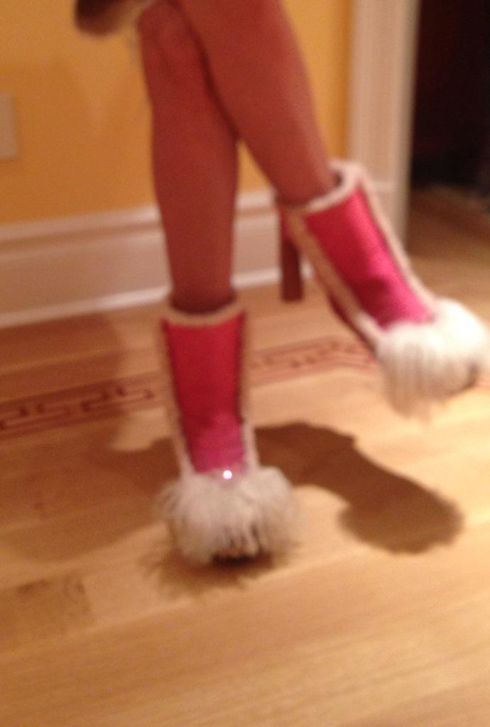 Ok-we know my iPhone camera is terrible! But theses shoes would need several pics to explain! http://t.co/x5cvnA9cY8