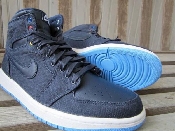af0455d7f6193d Jordan 1 Family sz 10.5  145 Shipped  SellBuyKicks  sneakercruz  iNeedKicks   Deftronicpic.twitter.com sXKMAFrJGS