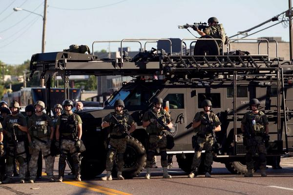 Small town police look like this now? /via http://t.co/lmFnyYMltJ http://t.co/FejjYIbXJR