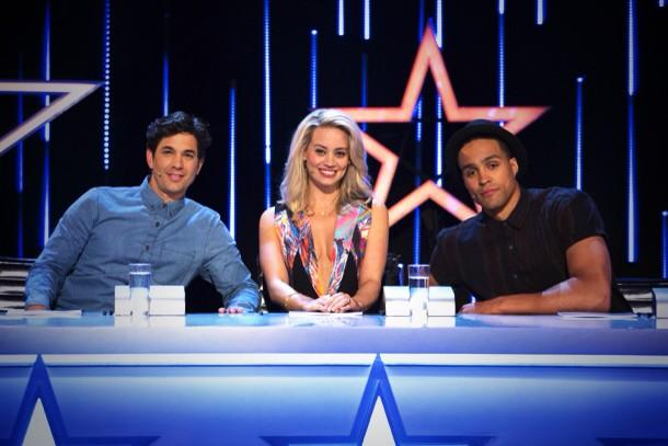 RT @nickcoxstyle: @KimberlyKWyatt in a Cameo dress @CLARETSHOWROOM and @AnnoushkaDucas jewells on the first episode of @gottodancesky1 http…