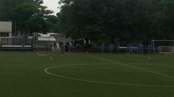 Entrenos de preparacion para Copa Centroamericana 2014. Bu2Sn2OCYAAvA75