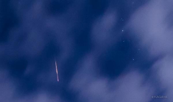 ペルセウス座流星群、雲間に流れています。(先ほど北海道阿寒湖にて撮影) pic.twitter.com/u5gzUa8Rg8