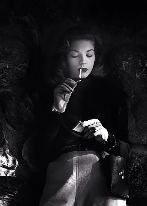 Lauren Bacall was a great beauty. A natural to be filmed and photographed in glorious black and white. http://t.co/bPqJ97yo4d