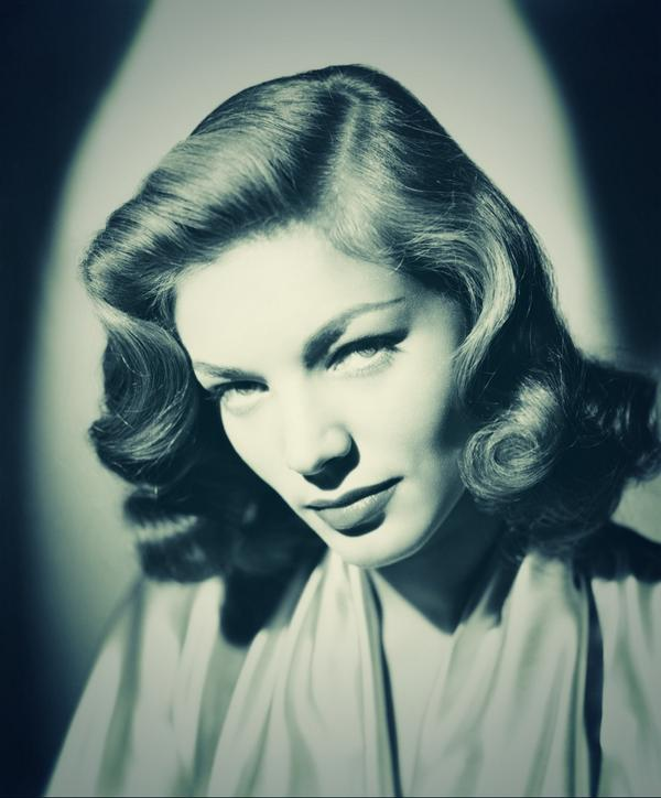 @Cary_Elwes RIP #LaurenBacall feel privileged to have spent such quality time with a truly classy legend. http://t.co/6UQM4sdFU8