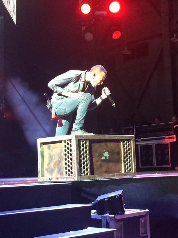@ChesterBe you fucking killed it tonight. Thanks for the amazing concert see you tomorrow!!! #CarnivoresTour http://t.co/AKOPxaRj2x