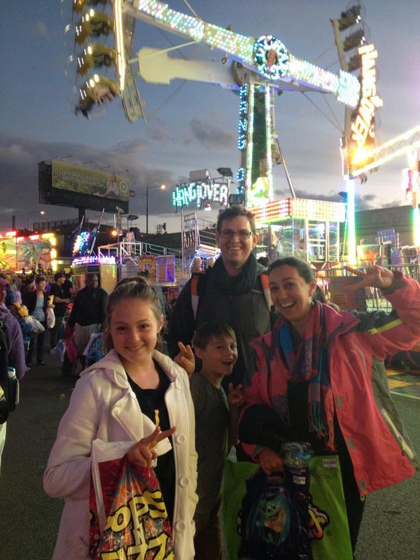 Family fun at the #ekka http://t.co/GfeXeI6pTu