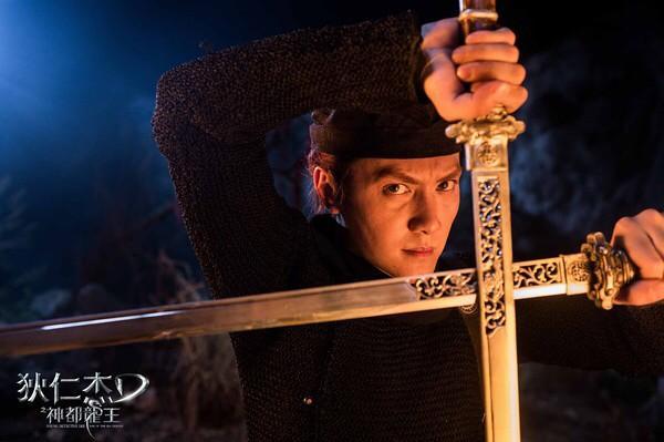 ya ka в Твиттере: «ウィリアム・フォンはドラマ『蘭陵王』高長恭も演じているのか。仮面の美男子だね。超絶かっこいい http://t.co/RDRgRdVQw2»