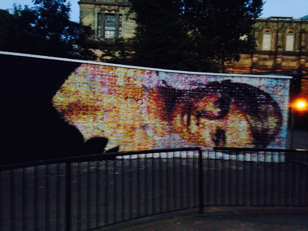 Cannot believe this is at the skate park in Ally Pally... Anyone know the artist? http://t.co/SBvndLhRBW