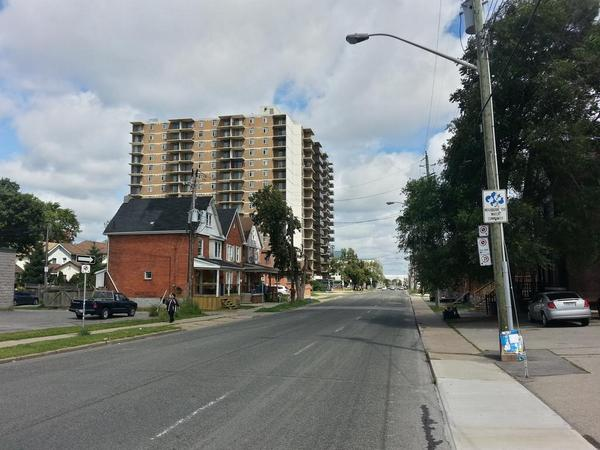 Sanford Avenue does not need to be a one-way thoroughfare