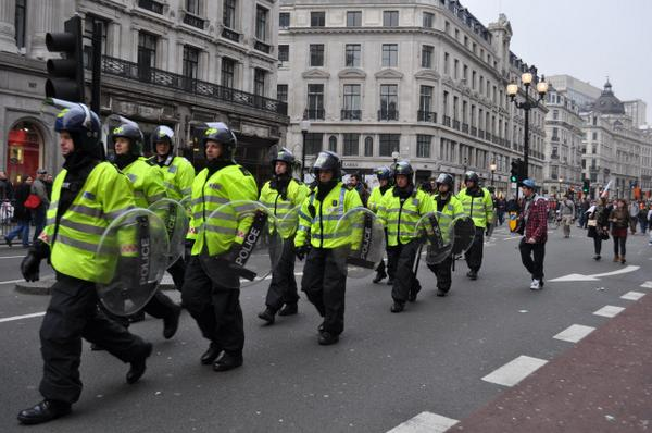 Note for Americans: this is what 'riot police' look like. Count the assault rifles. http://t.co/dvUQ9KzSio
