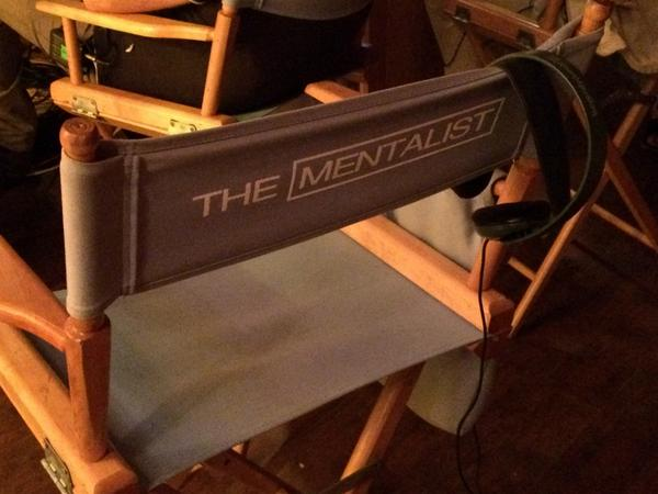 Who can't wait for season 7 of #TheMentalist? http://t.co/kbHNJnzJTu http://t.co/ck9SIvHe0J