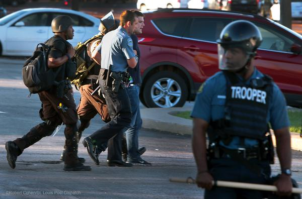 @HuffingtonPost reporter @ryanjreilly arrested when police closed Ferguson McDonalds. #MikeBrown #Ferguson http://t.co/rAz2A8eu31