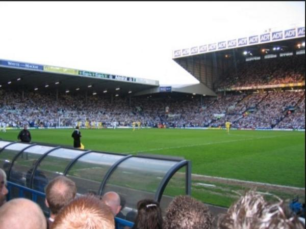 One of my favorite places in the world, Good Luck for the season boys! #leeds http://t.co/omUsmYUWXo