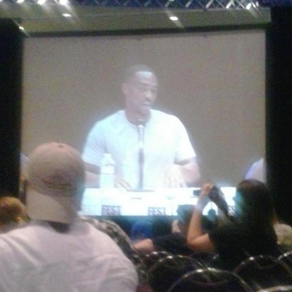 "Fan - What do you bring to Marvel since you're in it?  Anthony Mackie - ""Blackness""  lmfao #Fandomfest http://t.co/k4dSTJmDvW"