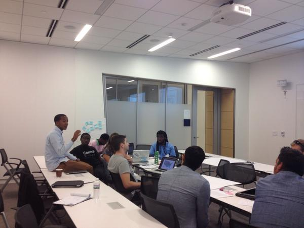 Ideas flowing in the visualization working groups #MyBrothersKeeper @GUimpact @usedgov http://t.co/TaC35o2xEy