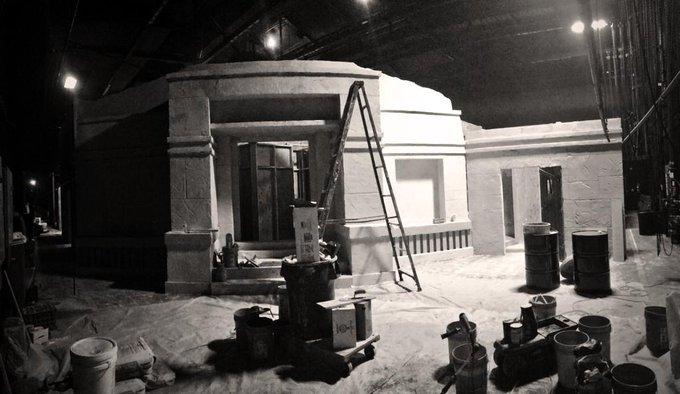 CAN'T wait! #HHNuniversal 😍😍 RT @HorrorNightsORL: Construction inside SS 22 - FDTD! Coming along nicely