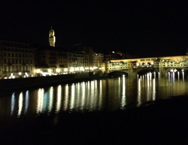 #Florence at any time of day is quite special, but at night it is, oh, so romantic. Ecco là. #Firenze http://t.co/1q8oJetGsm