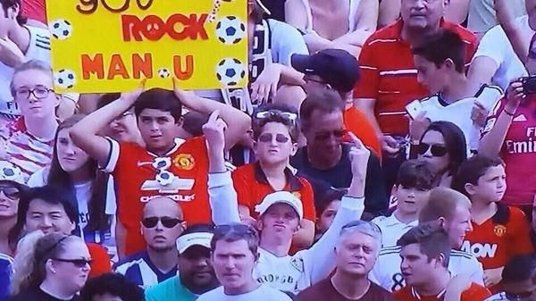 This guy must be on Twitter... someone must know him... #lufc http://t.co/yTx68GOUBr