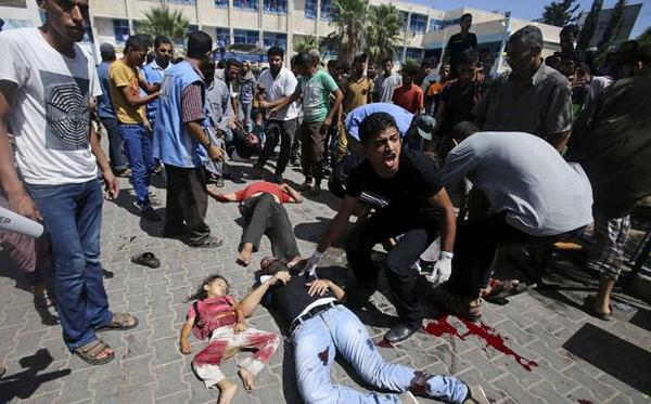 #GazaUnderAttack | Israel bombs another @UN school in Gaza killing at least 10 Palestinians. http://t.co/AlVJSy2pYC