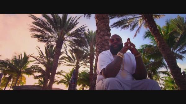 Découvrez #Supreme le nouveau clip @rickyrozay en mode été ➳ http://t.co/4FLI57P8QF http://t.co/zRhMyY2cxb