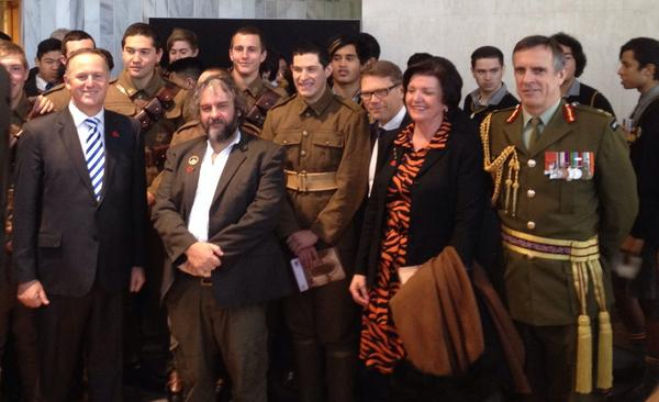 #WW100 With the PM @johnkeypm, Sir Peter Jackson & our young soldiers, not much older than those that served in WW1 http://t.co/dKEoIbtm5z