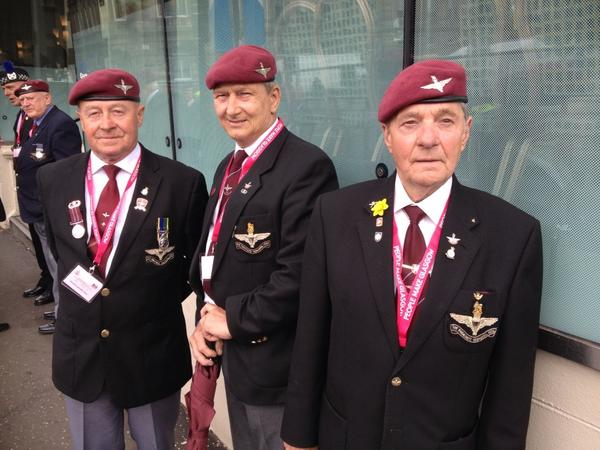 Ex paratroopers here for #WW1centenary commemorations @ABCNews24 @abcnews http://t.co/hLbaQqcJ64