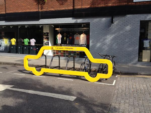 I'd like to see some of these @cyclehoop parking frames in Birmingham. Anyone agree? @BhamCityCouncil @ColmoreBID http://t.co/Nrfokus0LR