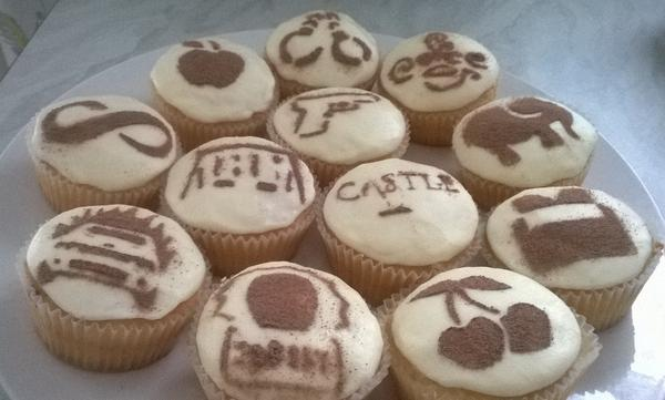 CASTLE CREATIVE - HOW TO MAKE CASTLE CUPCAKES BuOFkVCIAAAVHdL