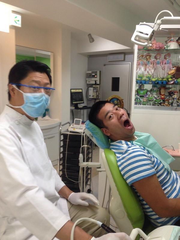 歯医者で治療中のチェリー吉武