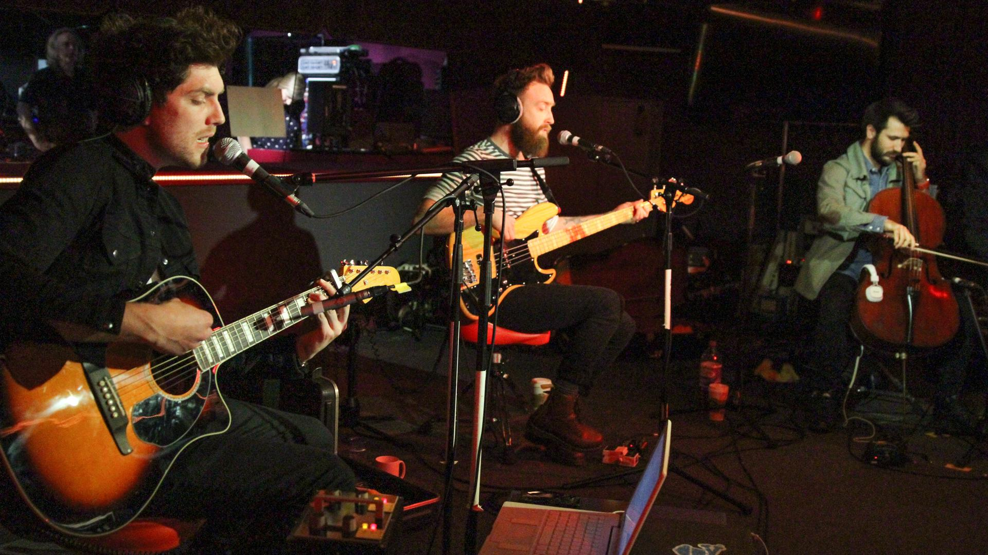 RT @BBCR1: It's happening! @twinatlantic are in the #R1LiveLounge RIGHT NOW! Watch live http://t.co/48RuyAdWRo http://t.co/1JlbhspMKT