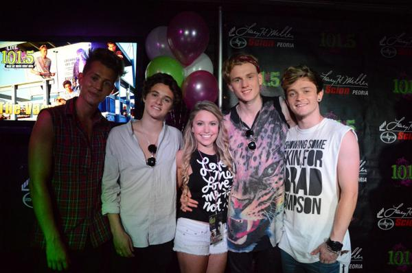 The vamps indonesia on twitter the vamps meet and greet at live the vamps indonesia on twitter the vamps meet and greet at live 1015 httptn59iwo6o8c m4hsunfo