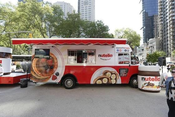 .@NutellaUSA #foodtruck hits #Miami this weekend at #TropicanaFleaMarket. http://t.co/yeVsz3lAej http://t.co/hB7SIEVJeY