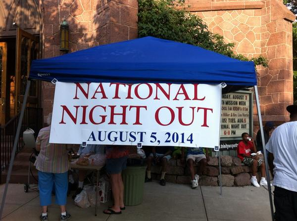 Pottstown residents come out to Trinity church for #Pottstown National Night Out #mercnno http://t.co/vKu9huDATi