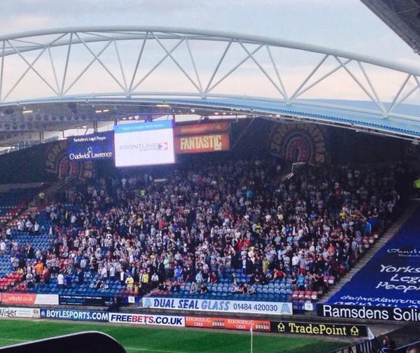 Huddersfield Town BuTXJP1IcAA-KEL