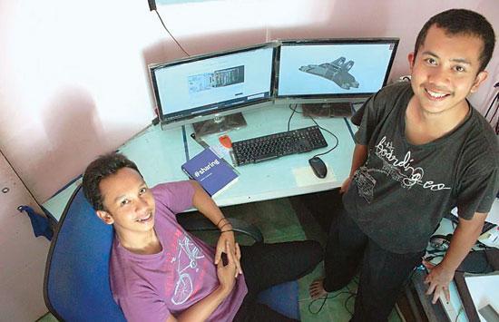Lulusan SMK yang Sukses di Dunia Design Engineering, Dikira Pelihara Tuyul oleh Tetangga http://t.co/mpkOh87XXi http://t.co/qp1Z7xJuDm