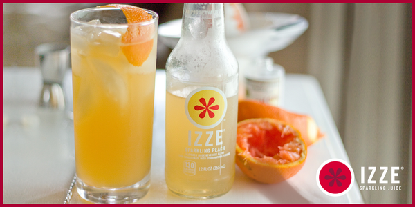 In honor of #Peach month, we <3 @rebekahahubbard's Orangey Peach Tom Collins! Want the recipe? RT us & we'll share! http://t.co/PqtkyrCd3q