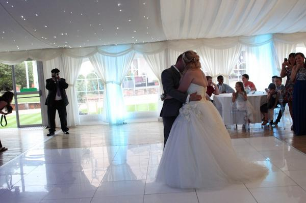Moor Hall Venue On Twitter First Dance Under Our Starlight Ceiling Weddinghour Wedding Es Civilceremony Http T Co Mkfqi9sdat