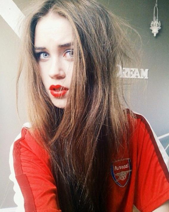 «Arsenal» Klubiga Muhlislik Qiladigan Go'zal Qizlar (2-qism