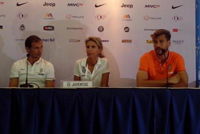 Pelatih Juventus Massimiliano Allegri & Striker Fernando Llorente dalam konferensi pers setelah pertandingan
