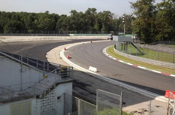 So the Monza Parabolica now has Tarmac run off on the outside - another great corner that will lose it's challenge  http://t.co/duFPirolZ8