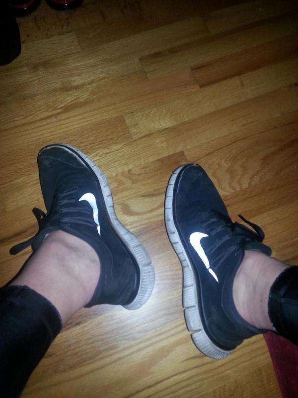 f645660d0dea2 ... france masonater w on twitter nike free sockless with tights t.co  iv5isasllf 3aa8f f05bf